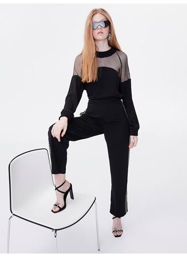 Twist File Detaylı Transparan Bluz Siyah